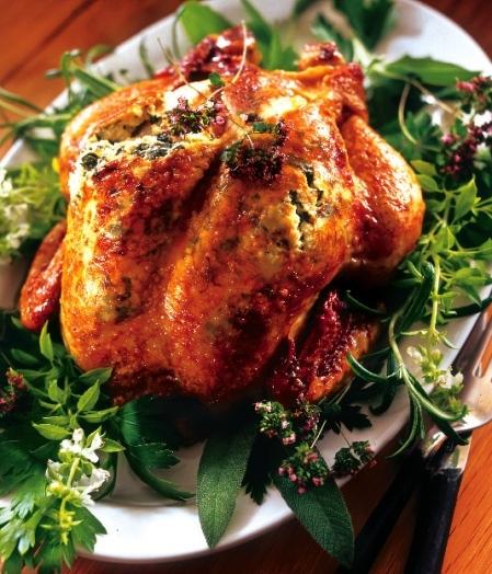 Hel örtöverbakad kyckling