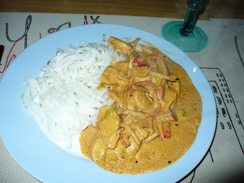 asiatisk kycklinggryta med kokosmjölk