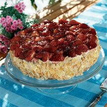 Festtårta med försommarsmak