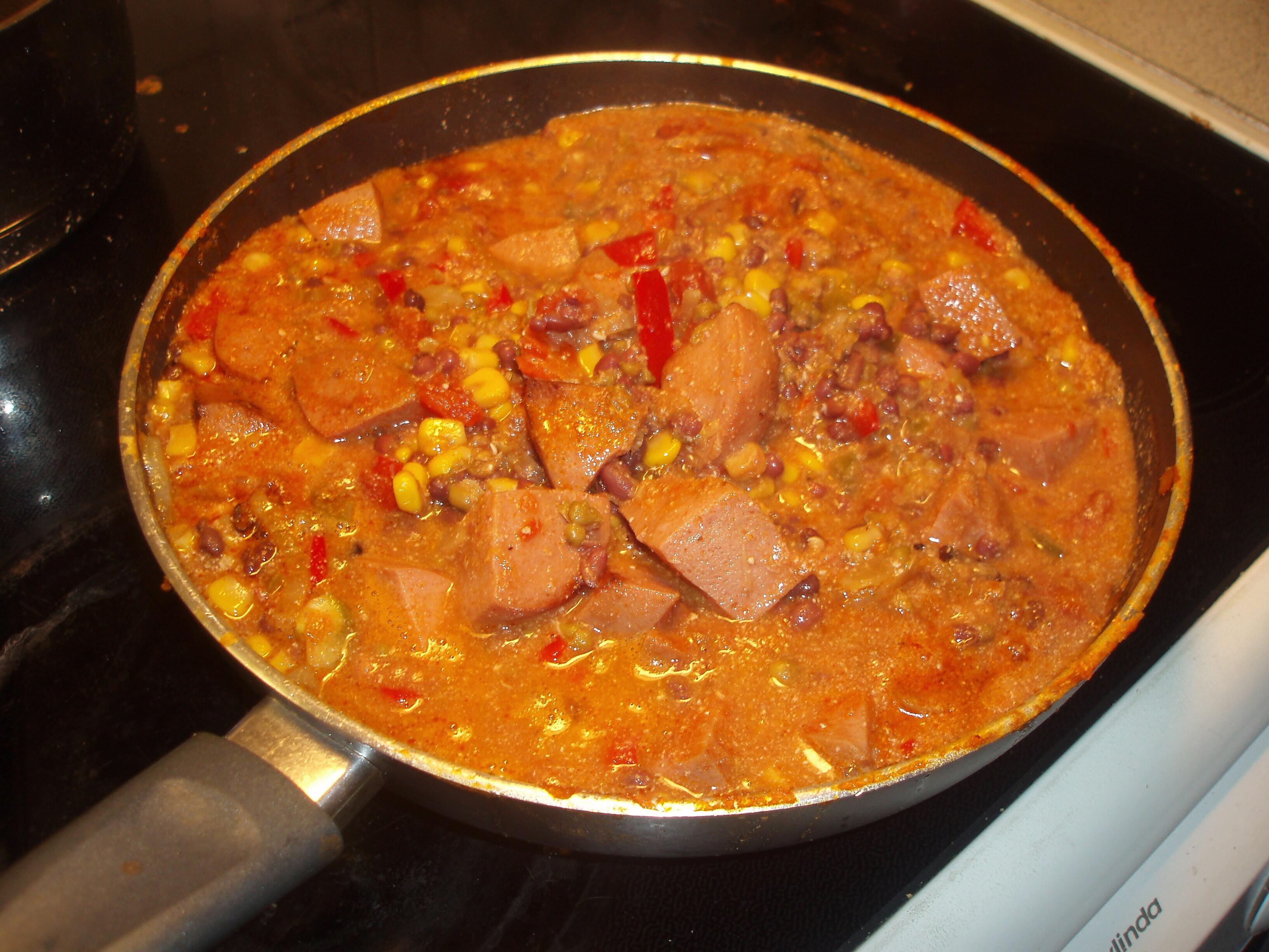 falukorv med röd curry