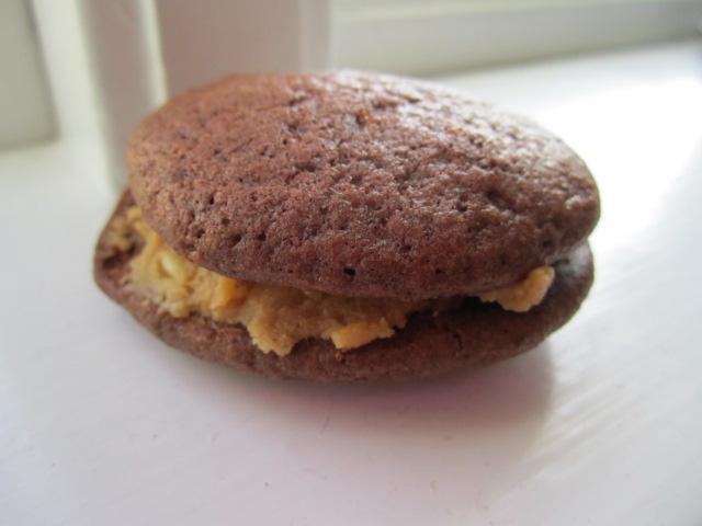 Jordnöts-och chokladwhoopie