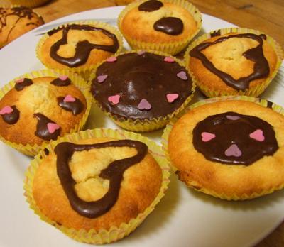 vaniljmuffins med chokladglasyr