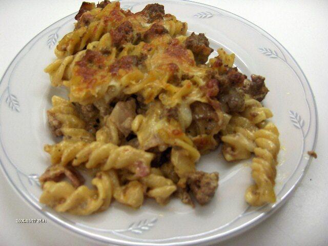 Gästlåda på pasta och älgfärs