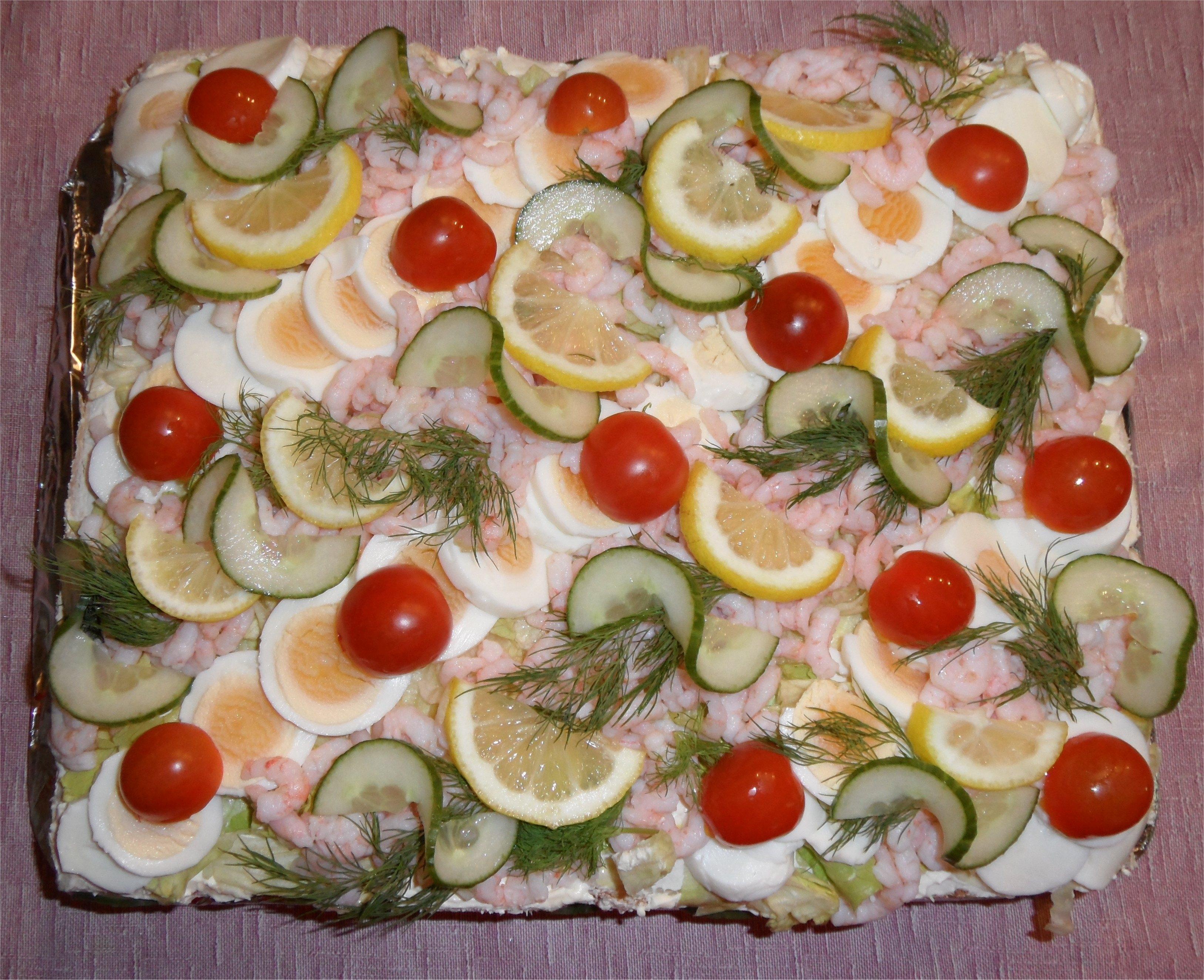 smörgåstårta med tonfisk