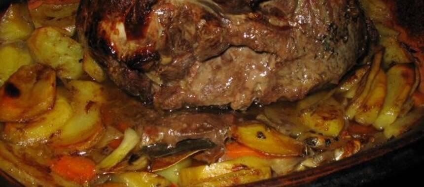 kött i lergryta