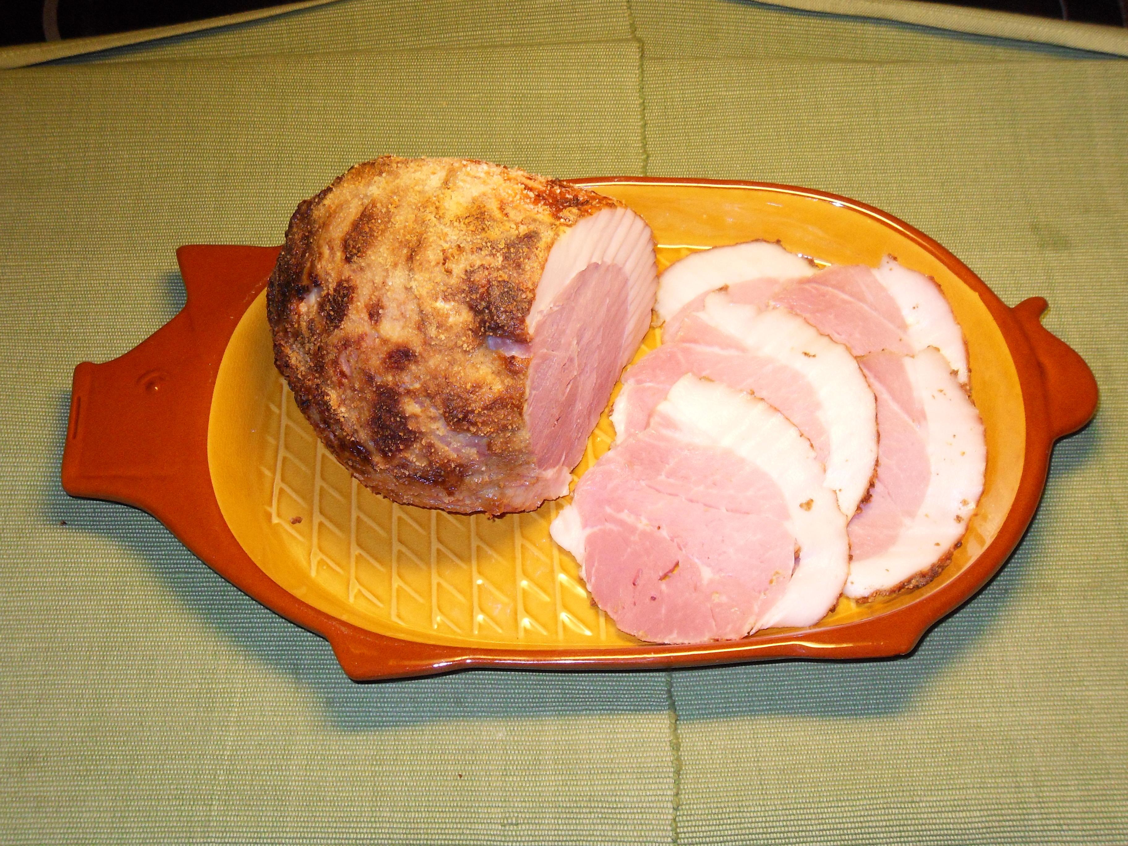 Nygammal griljerad skinka
