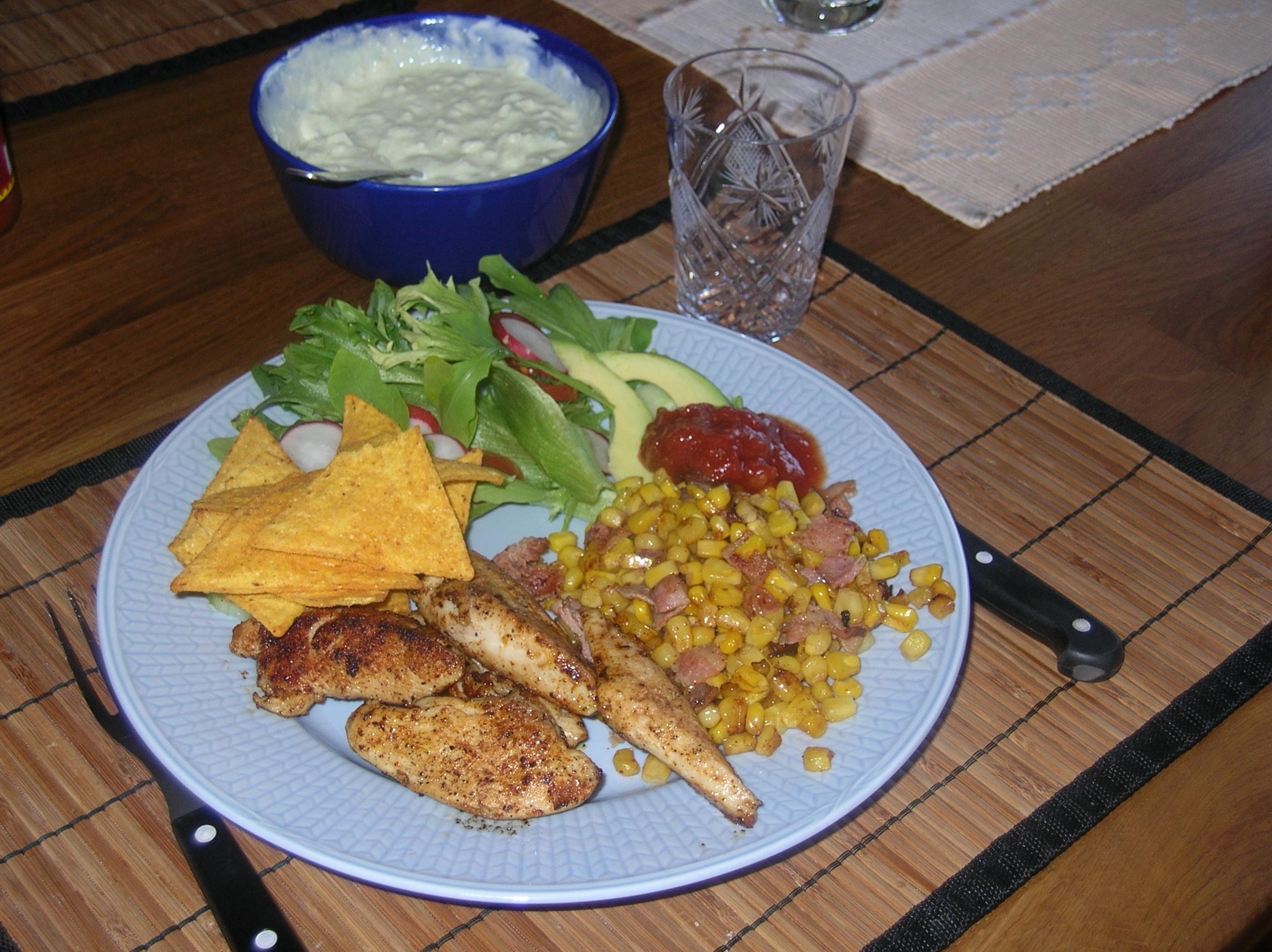 Kyckling med majs och bacon