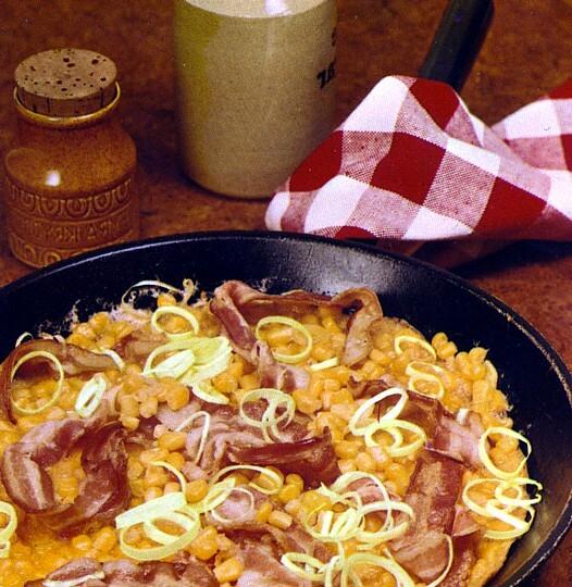 omelett med majs purjo och bacon