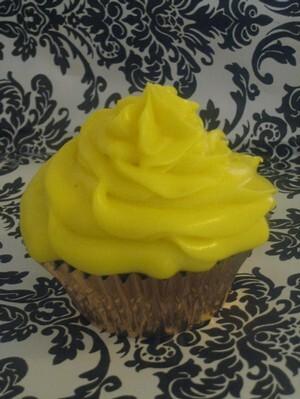 Pepparkakscupcakes med honey lemon cream cheese frosting
