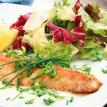 Stekt fisk med gräslökssås