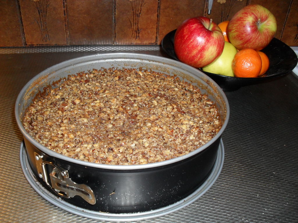 Morotskaka med äpple och tosca