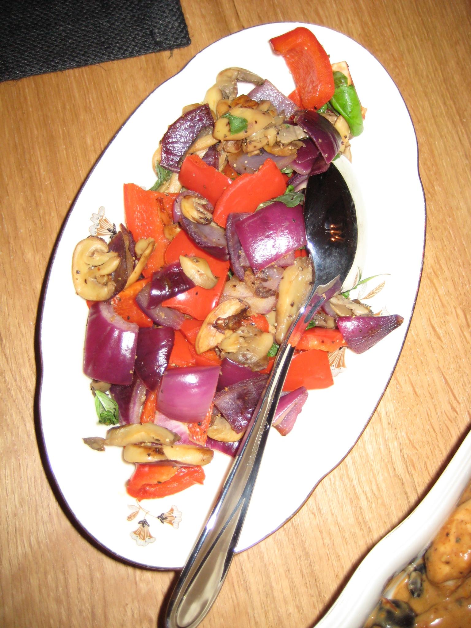 Paprika och rödlöksfräs