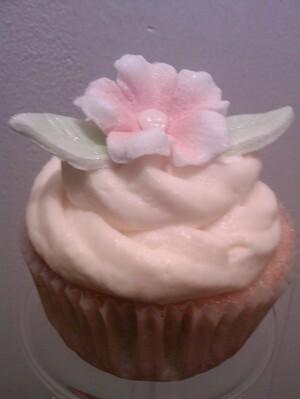 Mango mascarpone cupcake