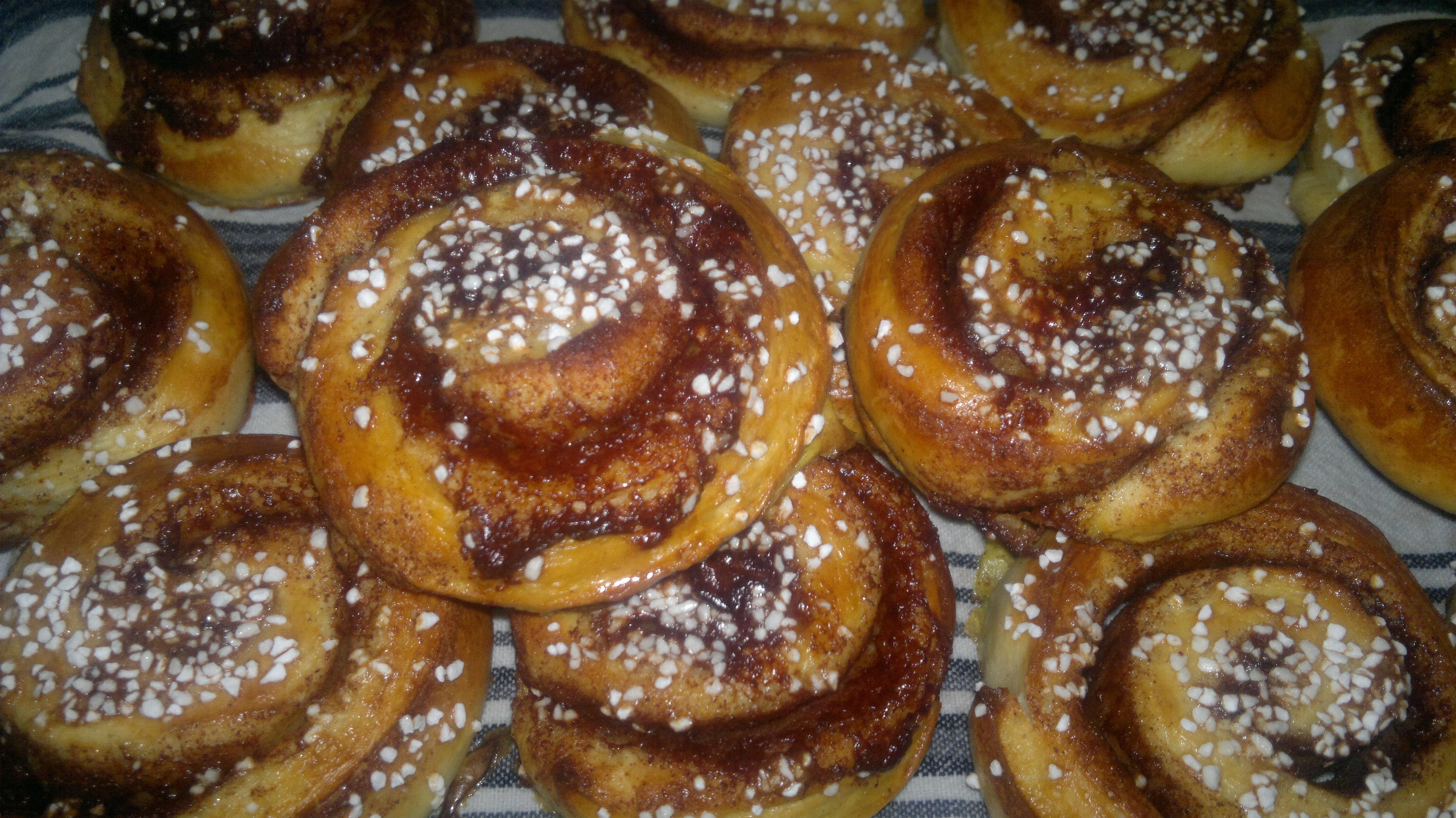 Kanelbullar/kanelsnurror-de saftigaste och godaste (+ glutenfri variant)