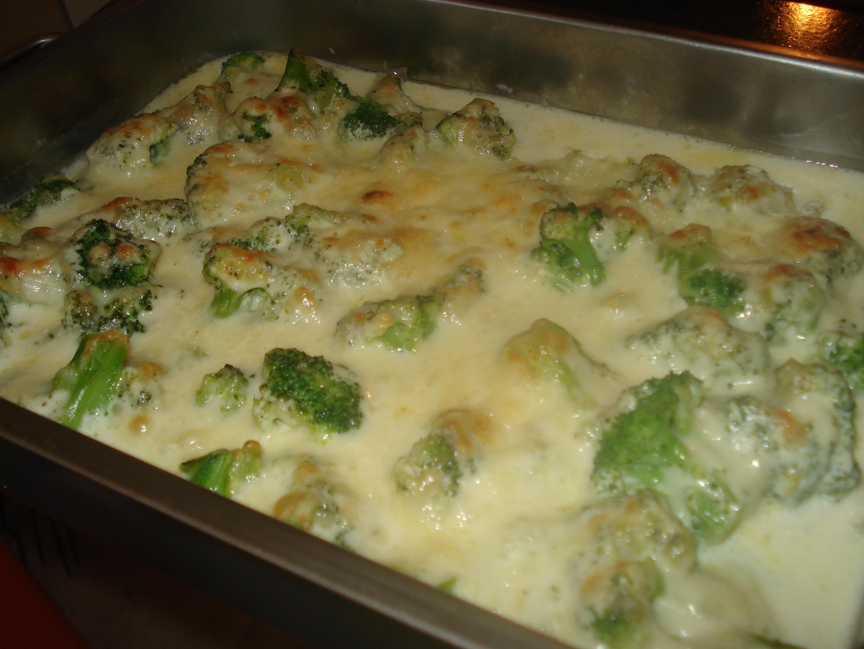 krämig broccoligratäng