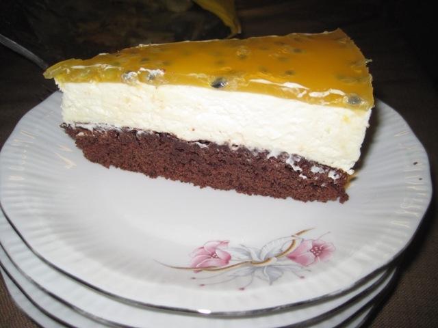 Passionsfruktmousse tårta