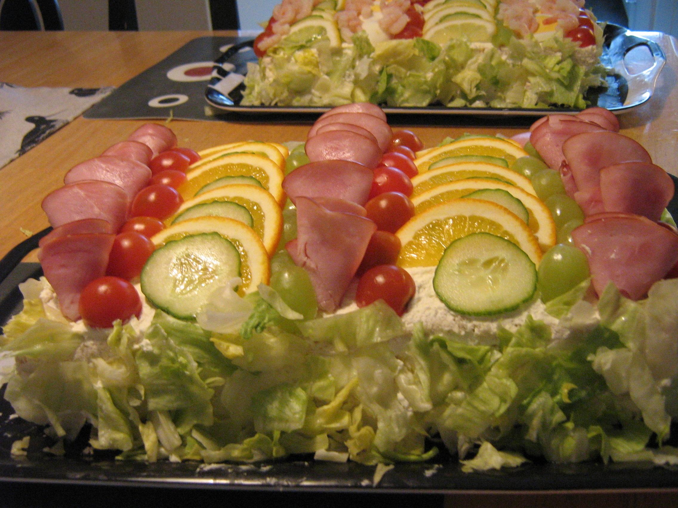 Smörgåstårta med skinka