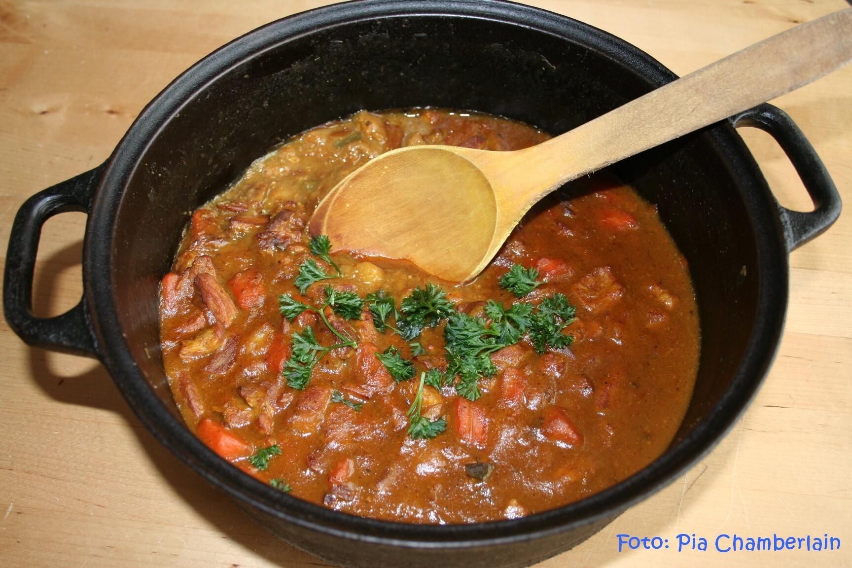 Currygryta med fläskkött och grönsaker