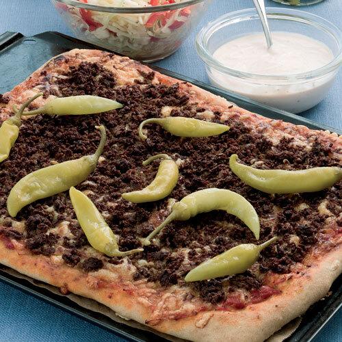 Familjepizza med kebabfyllning