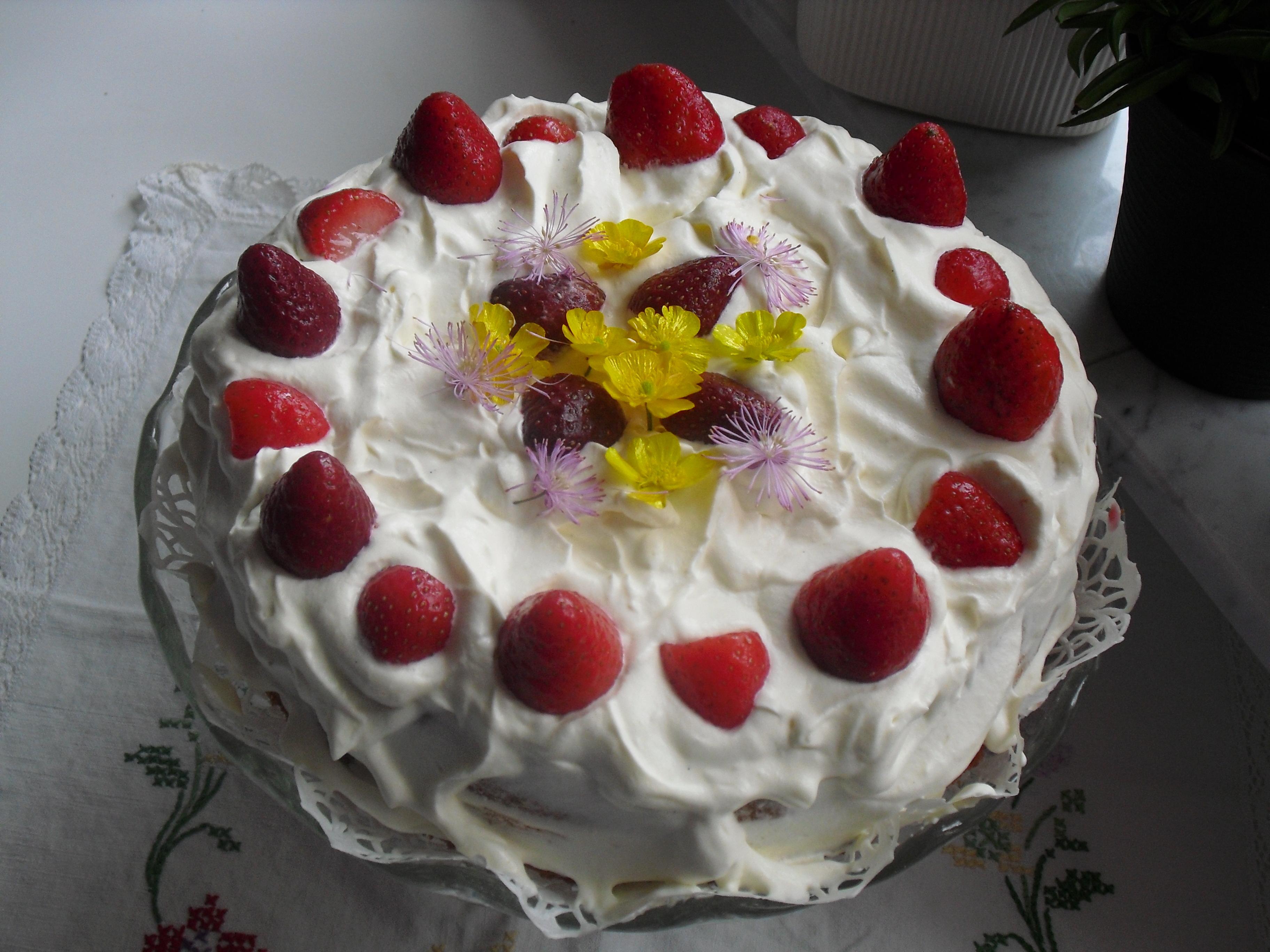 Fruntimmersveckan - Emma � Jordgubbstårta med smultron och vanilj
