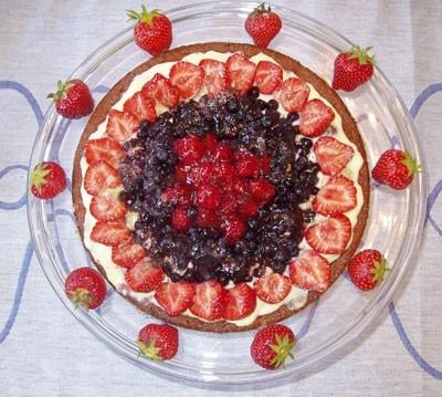 Tårta på chokladmandelbotten