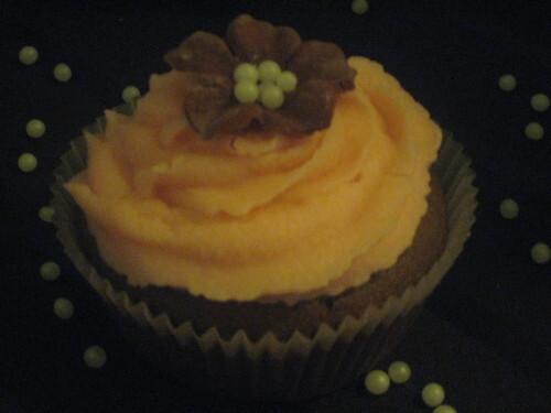 Choklad cupcakes med vit choklad frosting