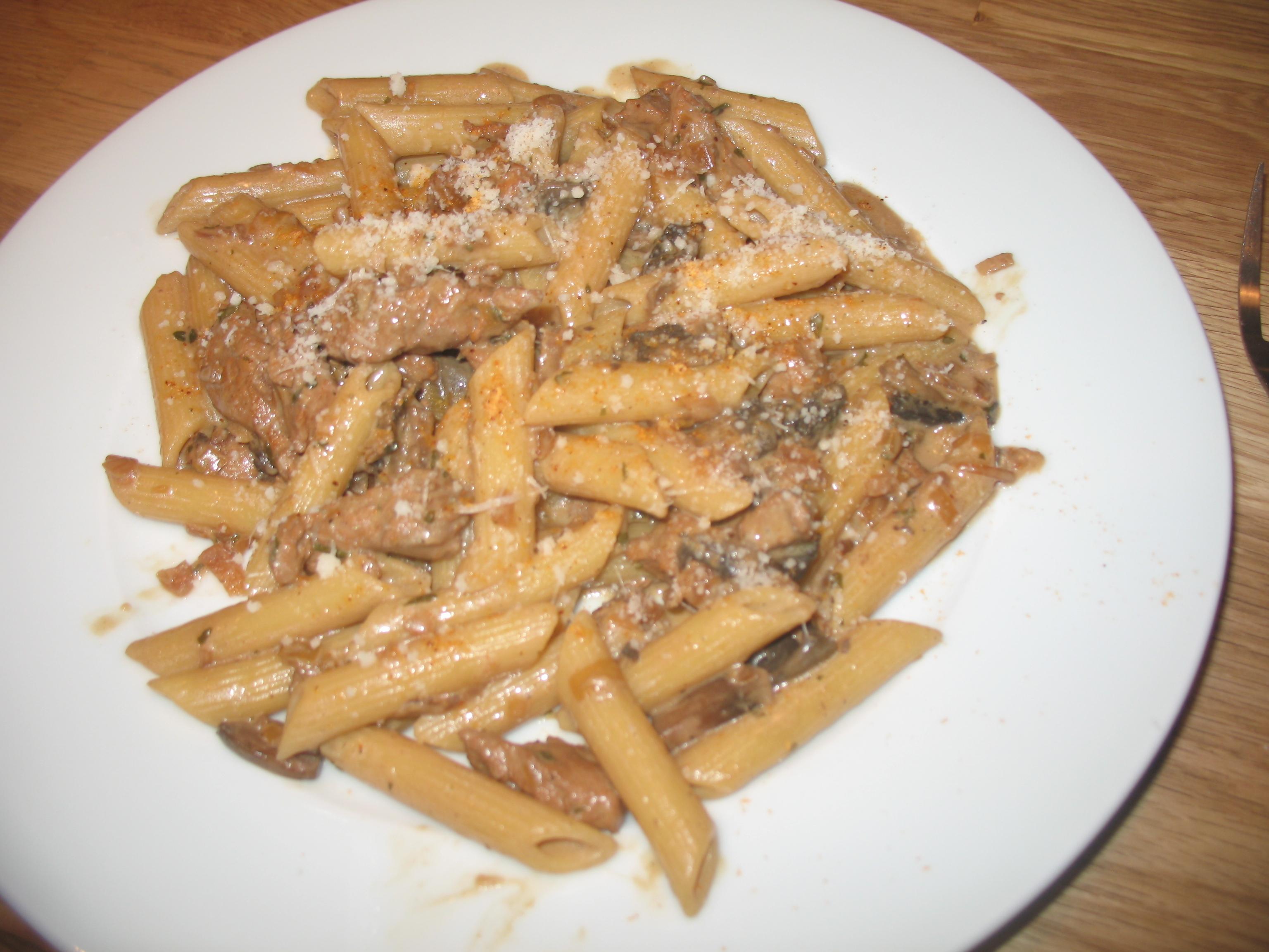 pastasås med fläskkött
