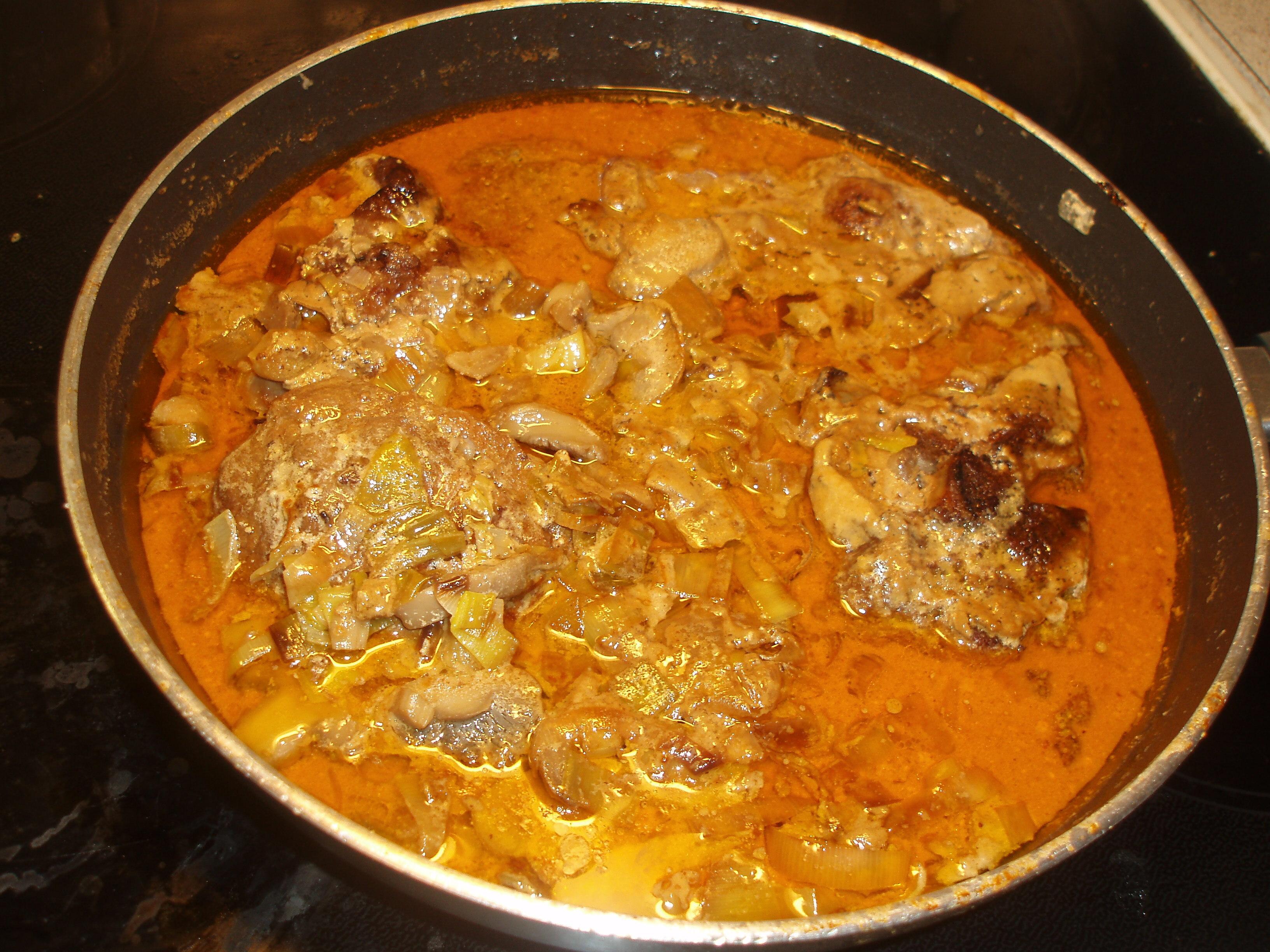 Kotletter med svamp och purjo