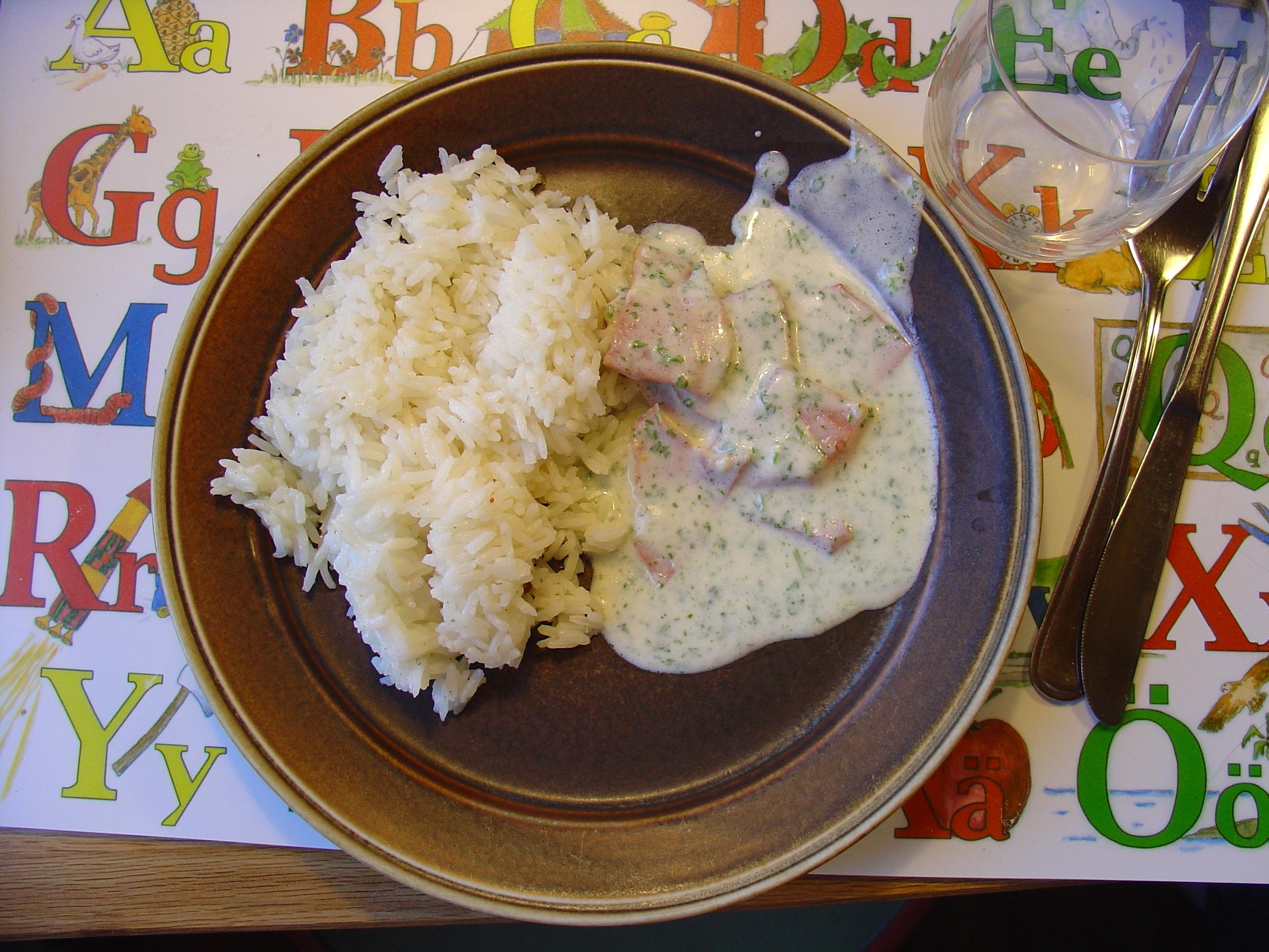 persiljesås med ris och skinka