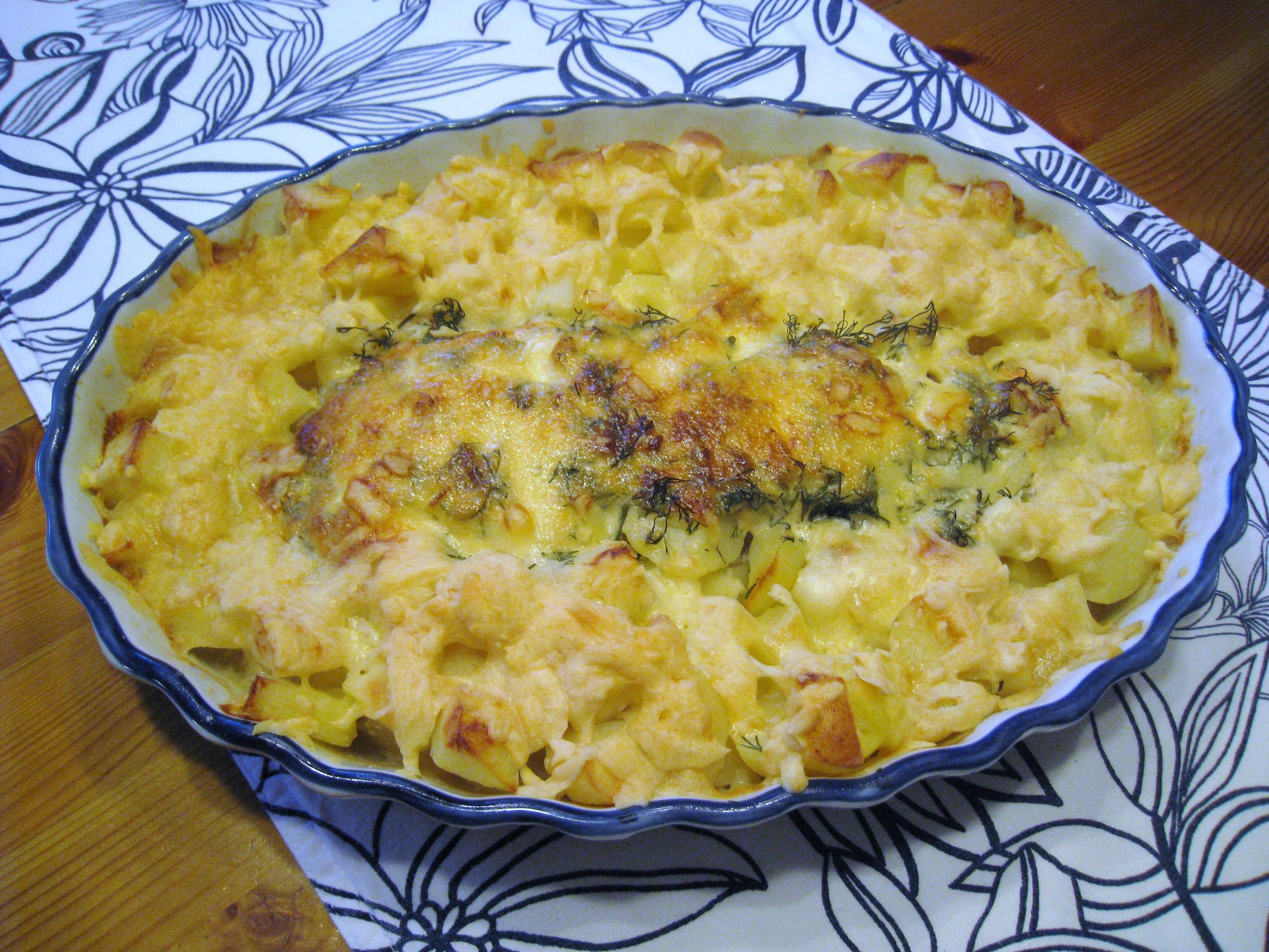 Fiskgratäng med tärnad ostpotatis