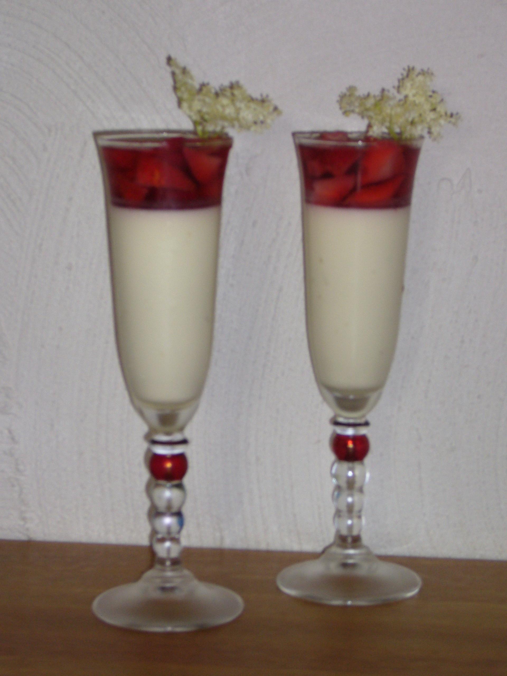 jordgubbssaft med lime