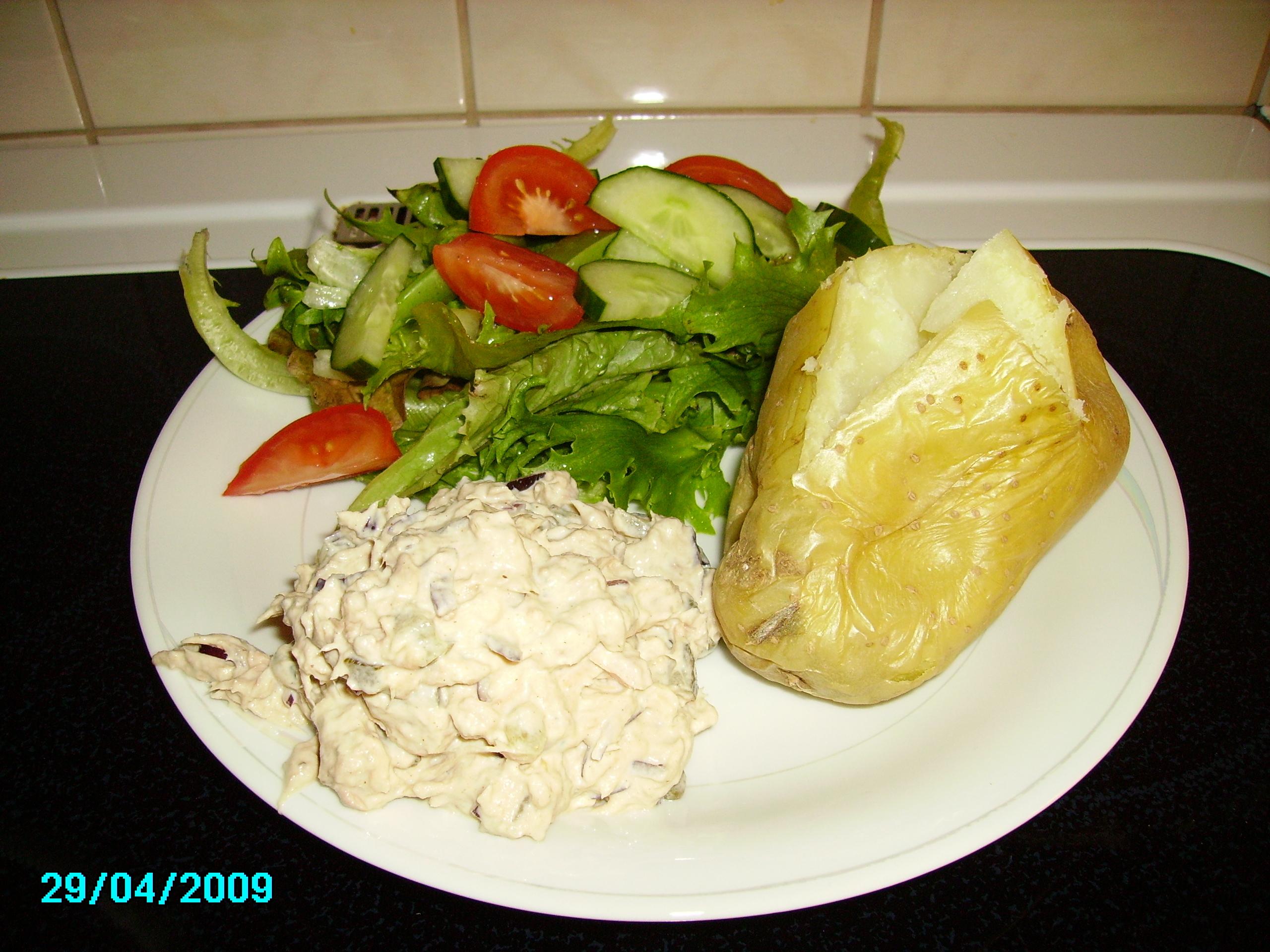 Bakad potatis med tonfiskeröra