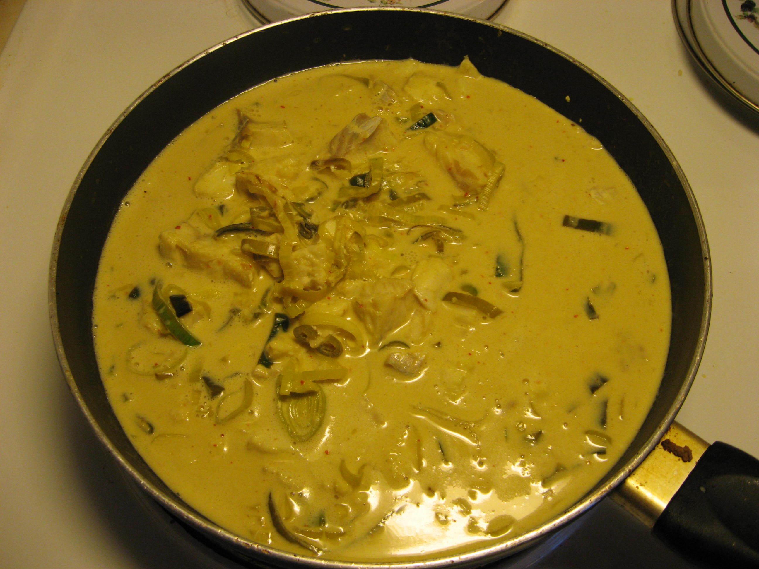 Thaigryta med curry och kokosmjölk