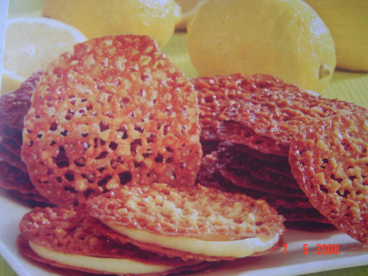 Mandelflarn med citronkräm