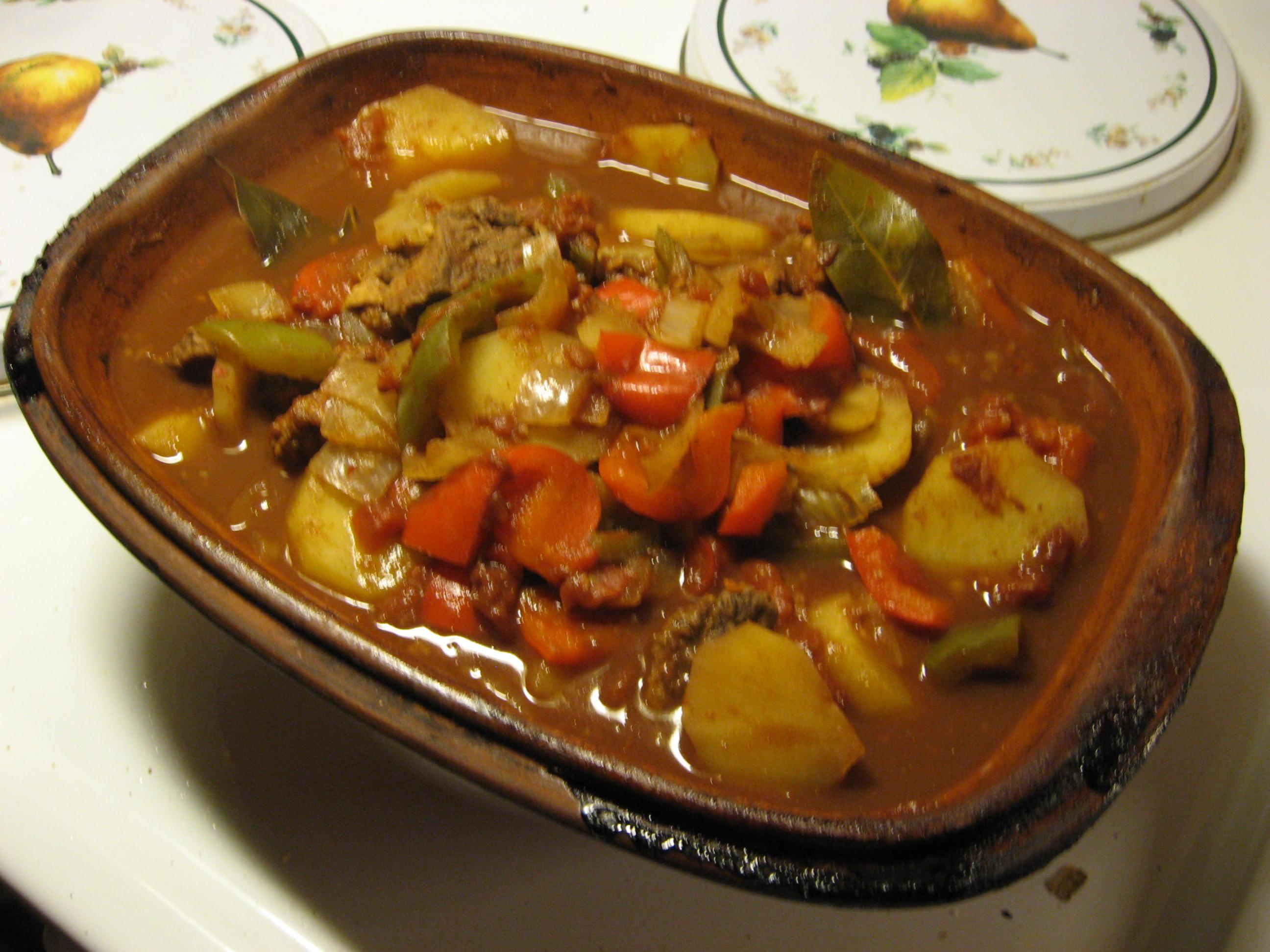 gulasch grytbitar potatis