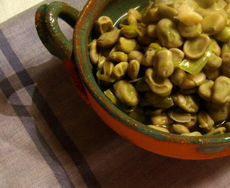 Recetas de cocinar habas frescas mytaste for Cocinar guisantes frescos
