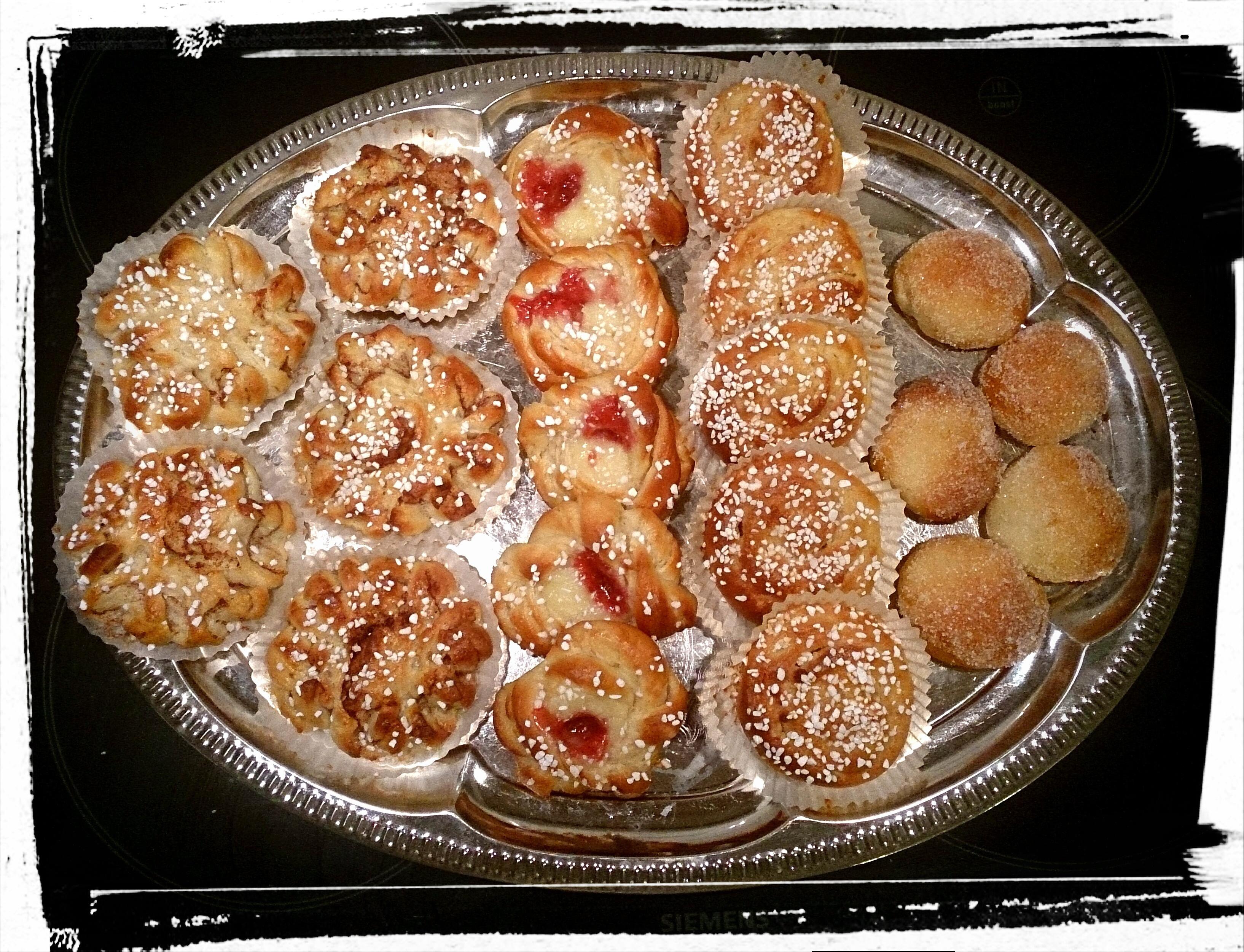 vaniljbullar med mandelmassa