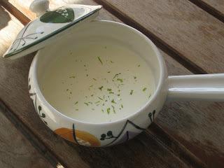 Lime - och vitlökssås