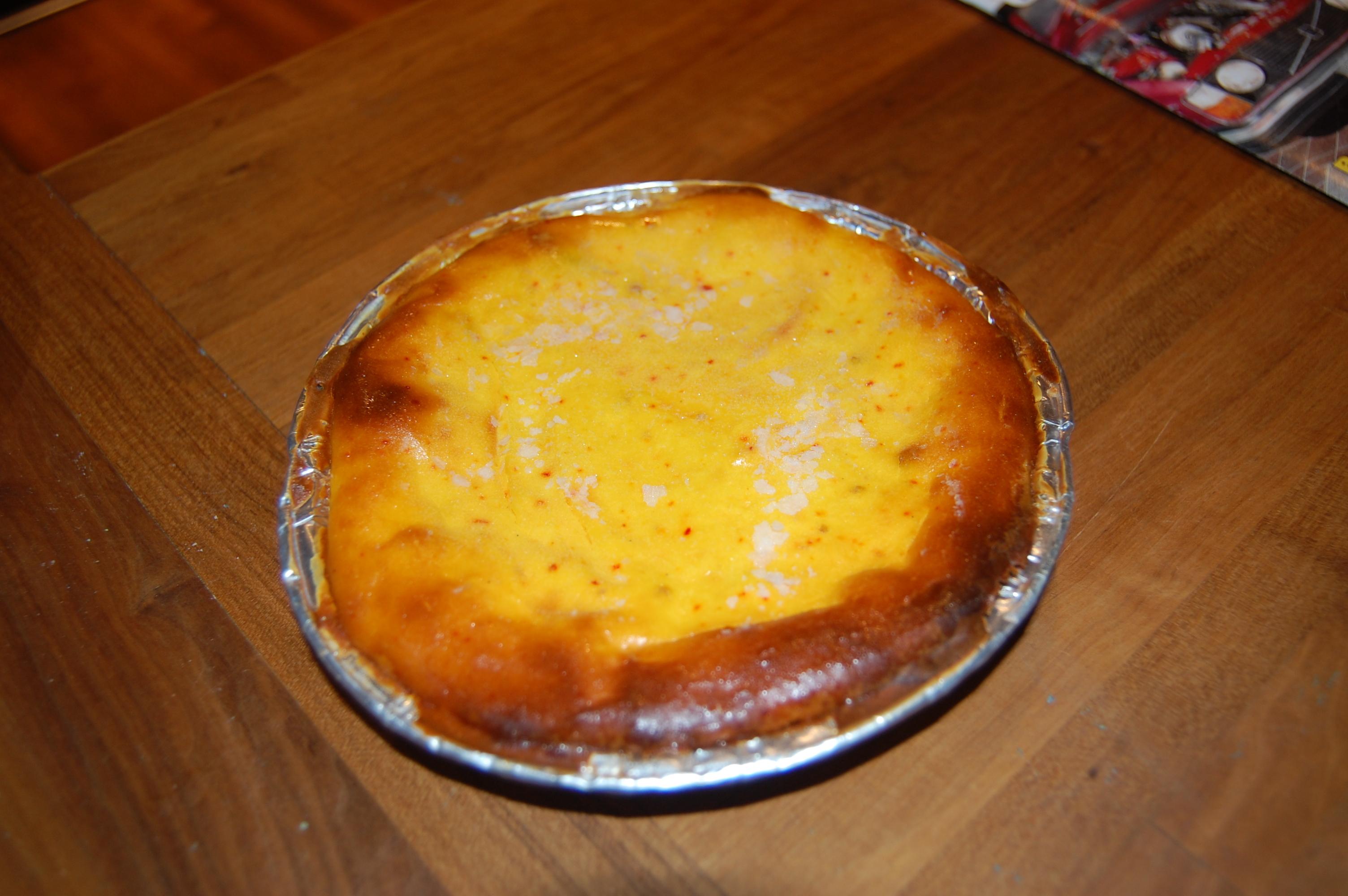 saffranscheesecake med pepparkaksbotten