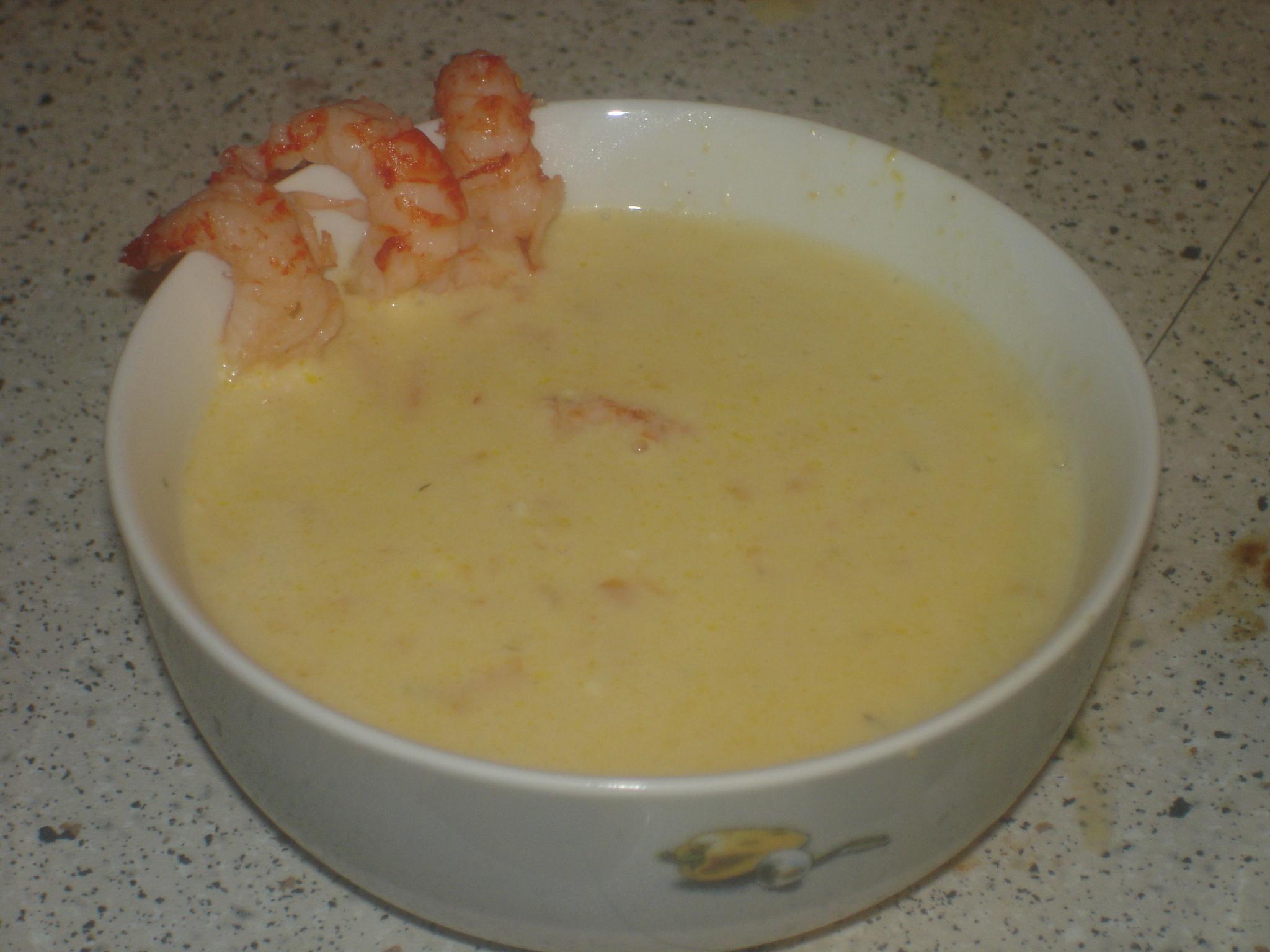 kräftost soppa med kräftstjärtar