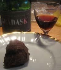 vit chokladglass i glassmaskin