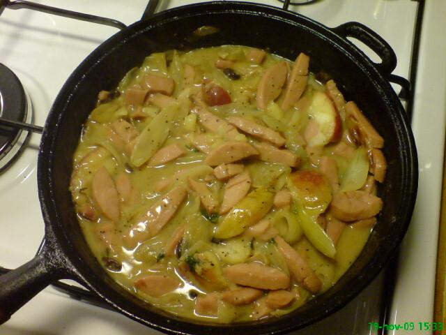 korvgryta med äpple och senap
