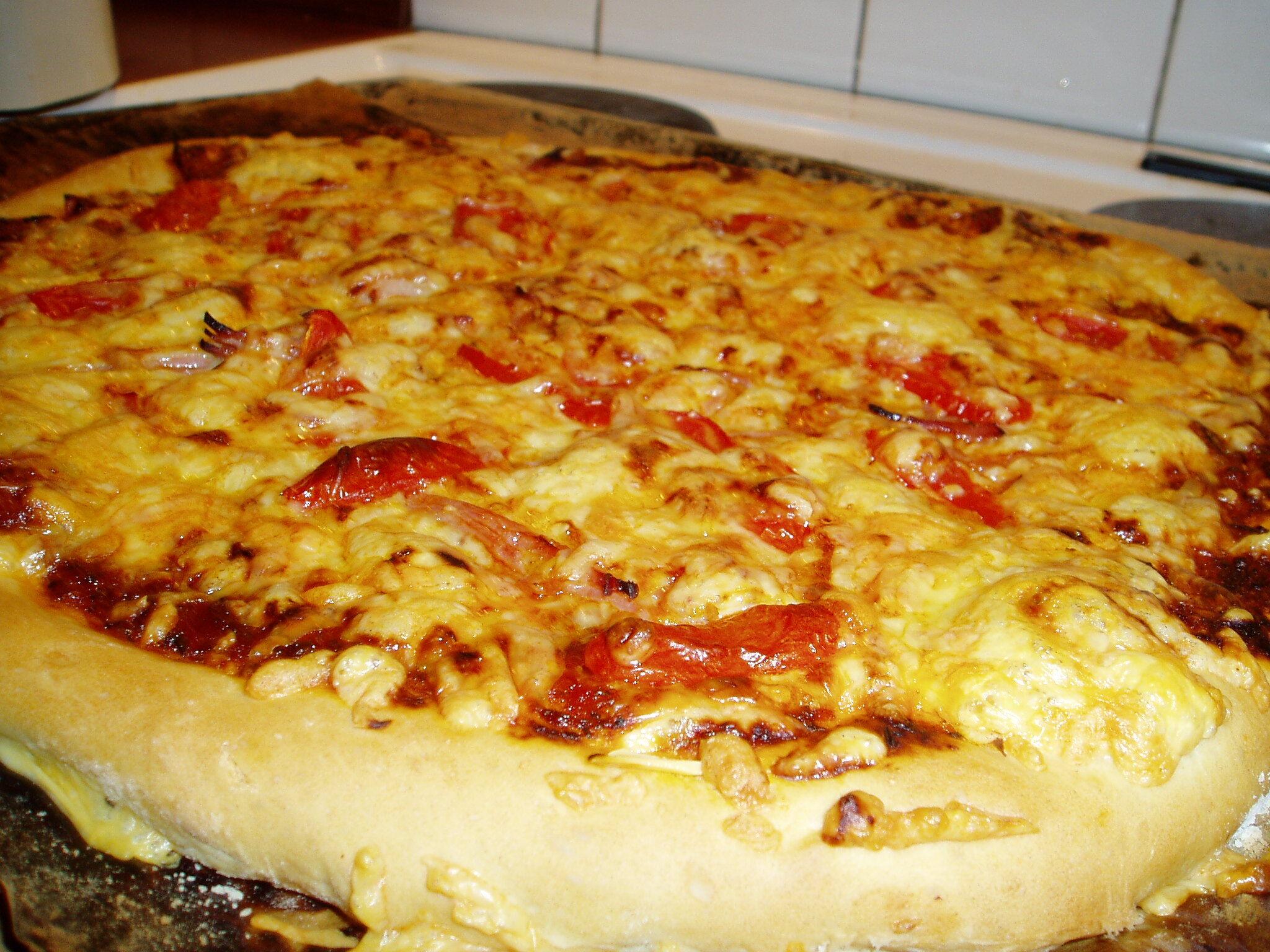 tjock pizza botten