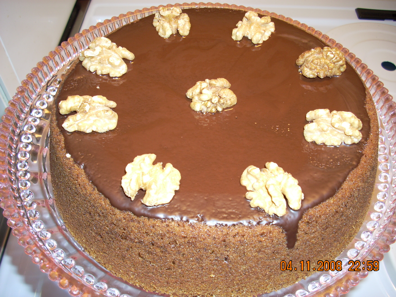 chokladkaka med valnötter