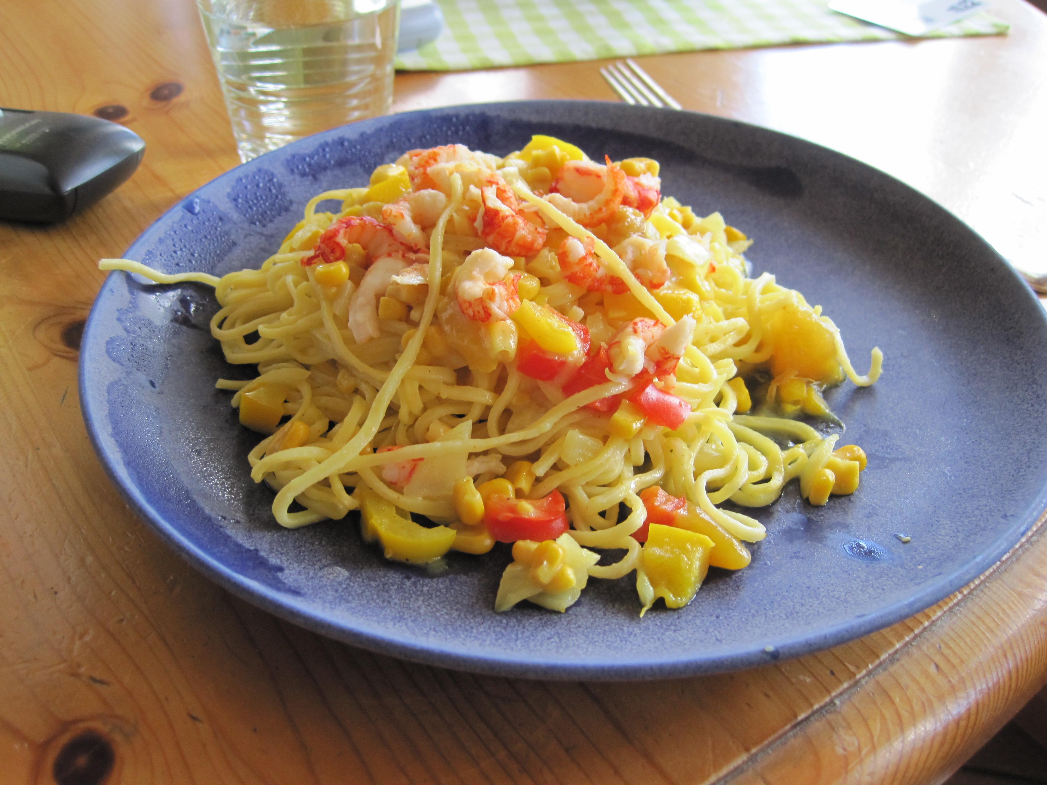 kräftstjärtar pasta curry
