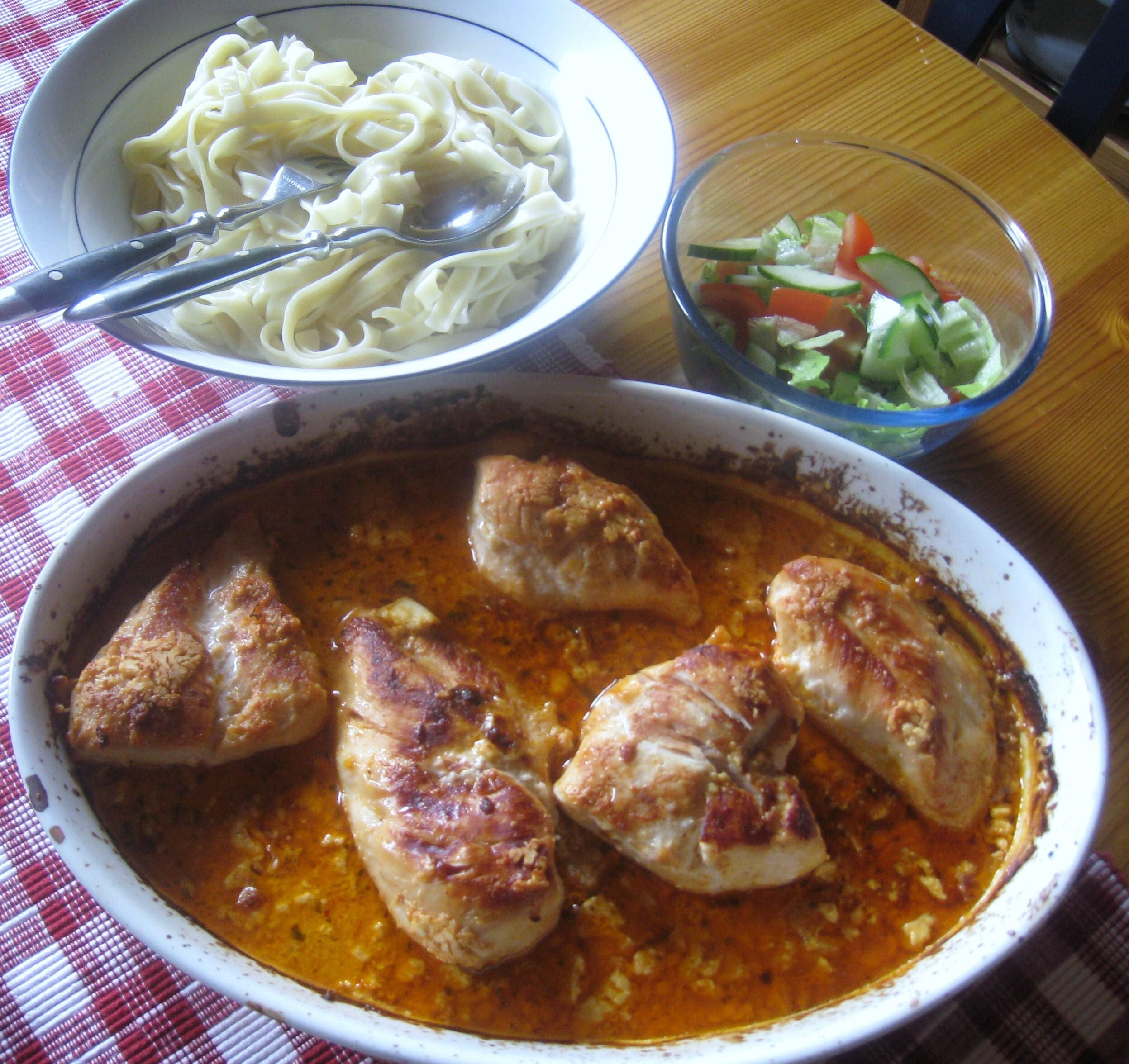 kycklingfilé röd pesto pasta