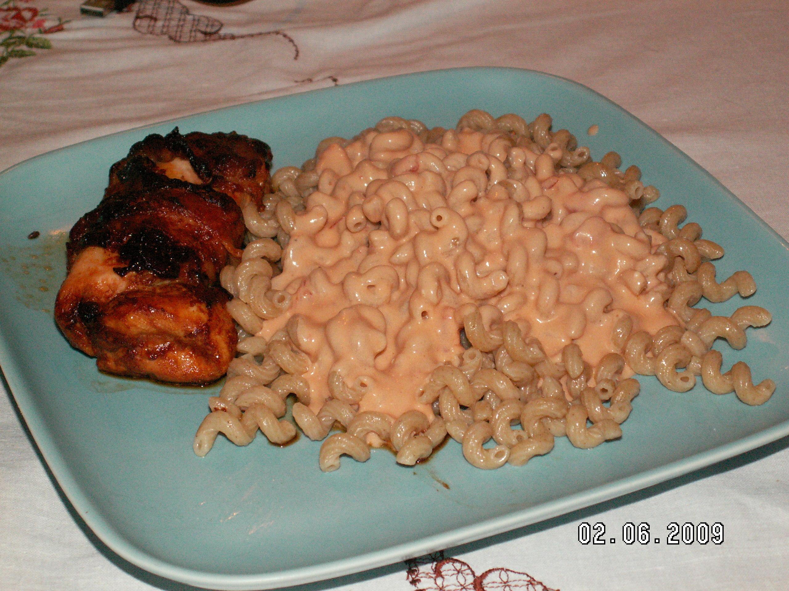 baconlindad kycklingfilé med pasta