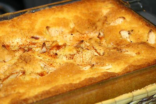 saftig äppelkaka i långpanna
