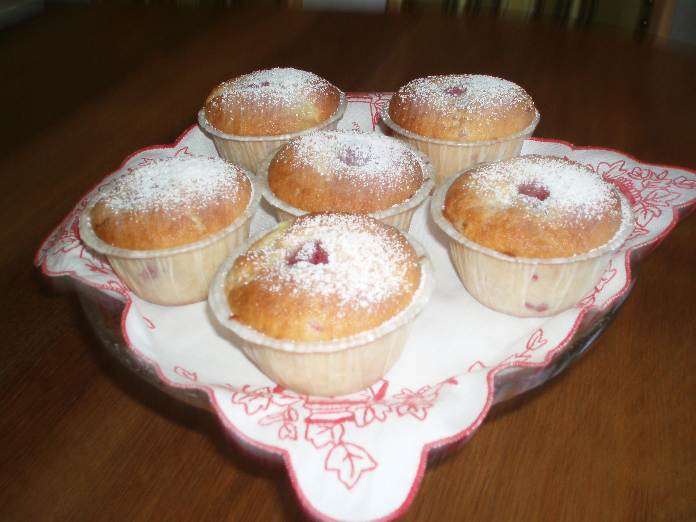 hallonmuffins vaniljkräm