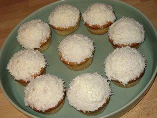 kokosmuffins med cream cheese glasyr
